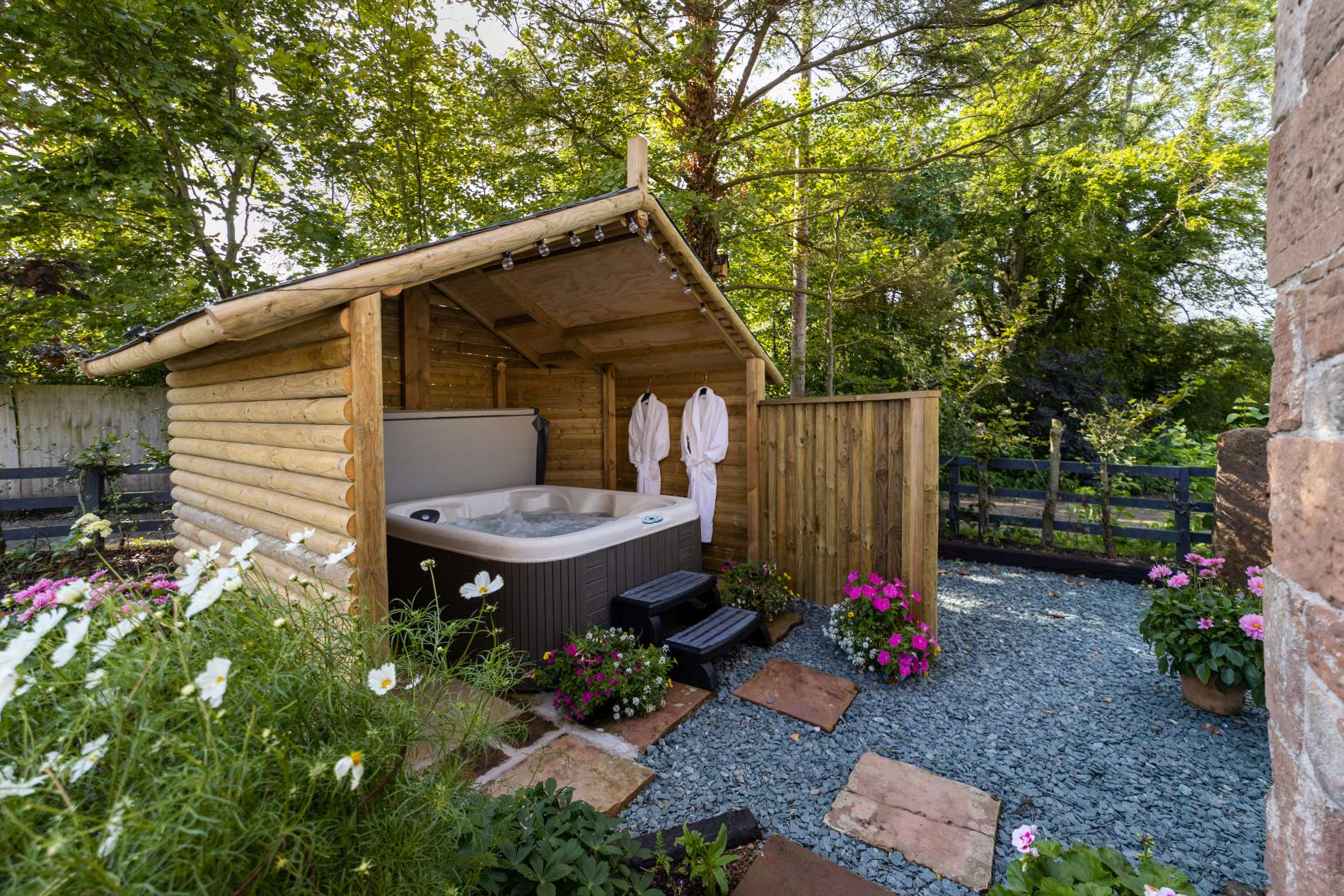 English Country Cottage Holidays near Carlisle with Hot Tub